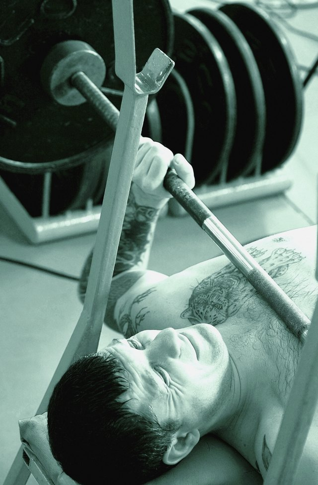 What Are the Standard Weights for Powerlifting Bars & Collars?