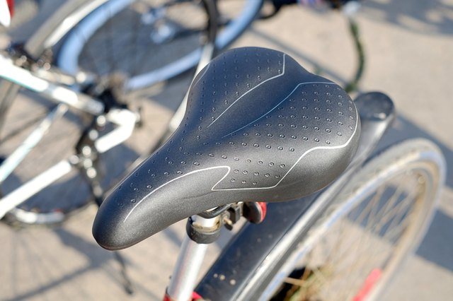 Bicycle Seat Adjustment & Crotch Pain