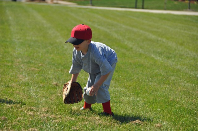 little baseball fielder