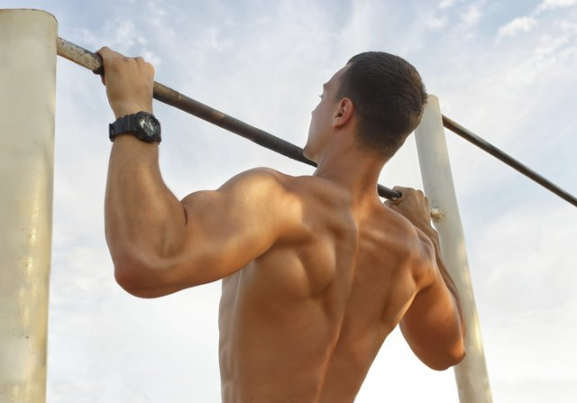 Bodyweight Exercises to Get Bigger Arms & Chest
