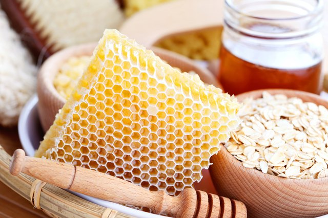 honey and spa treatment