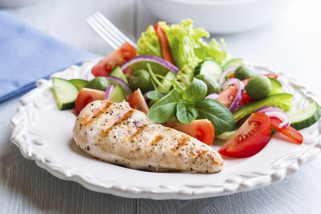 What Are the Differences Between Carbohydrates and Proteins?
