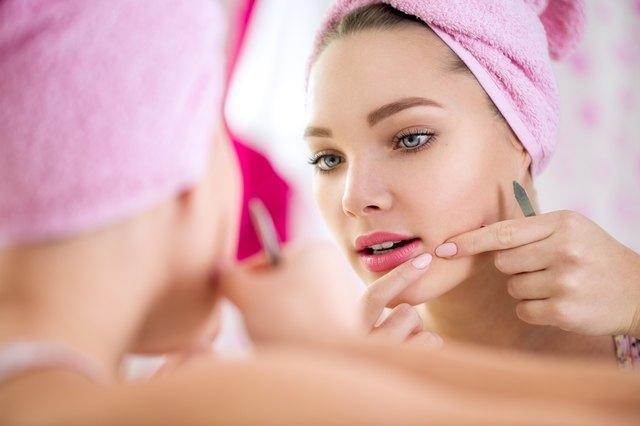 How to Use Fucidin on Acne