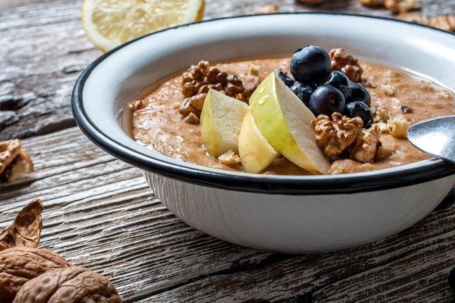 Home porridge with honey.