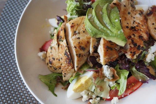 Cobb Salad Nutrition Information