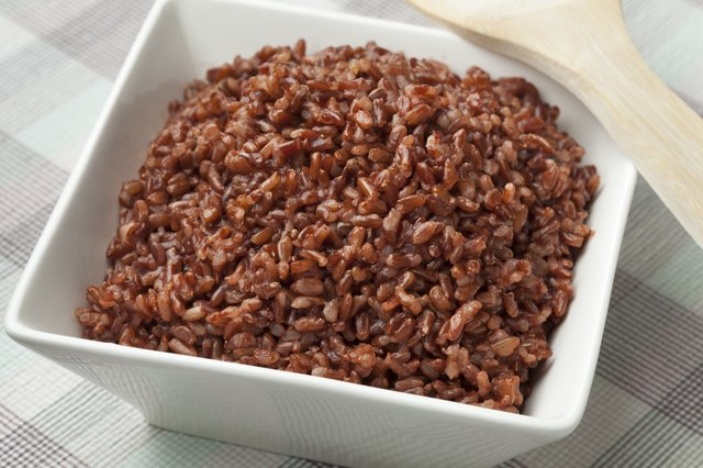 Cooked red rice