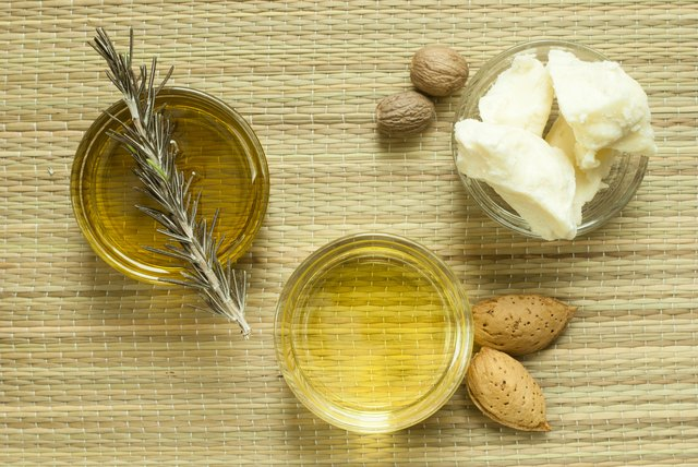 Shea butter and cosmetic oils