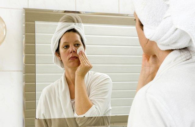 Cleaning skin in bathroom