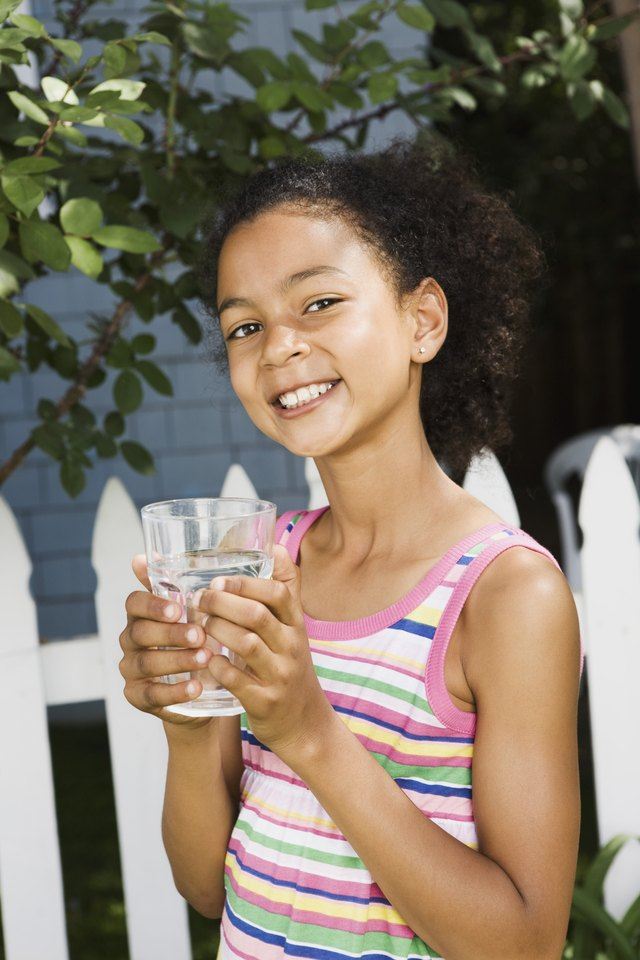 Foods or Drinks to Help Children Have a Bowel Movement