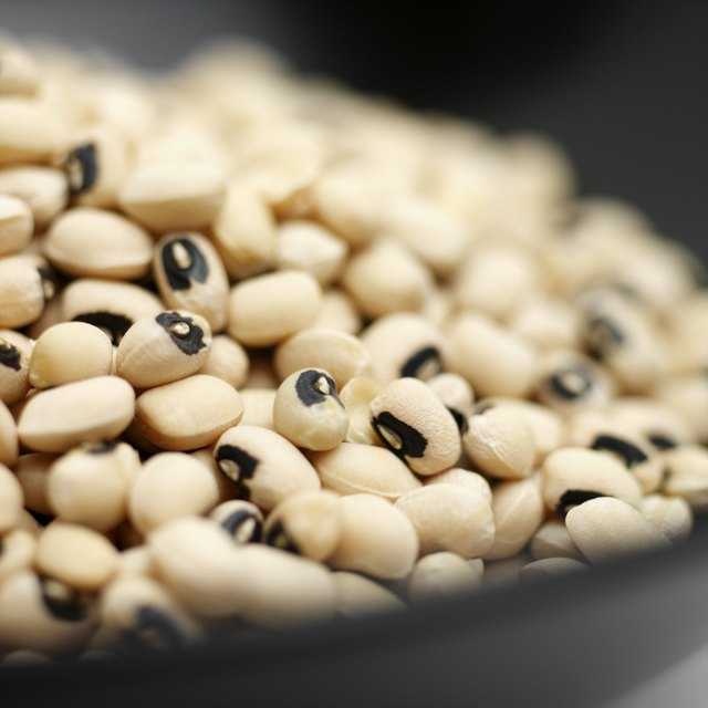 Close-up of bowl of black eyed beans