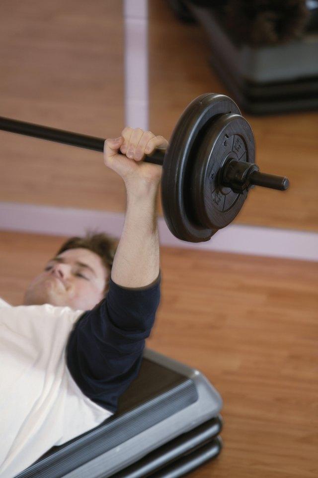 Bench Press Machines Vs. Free Weights