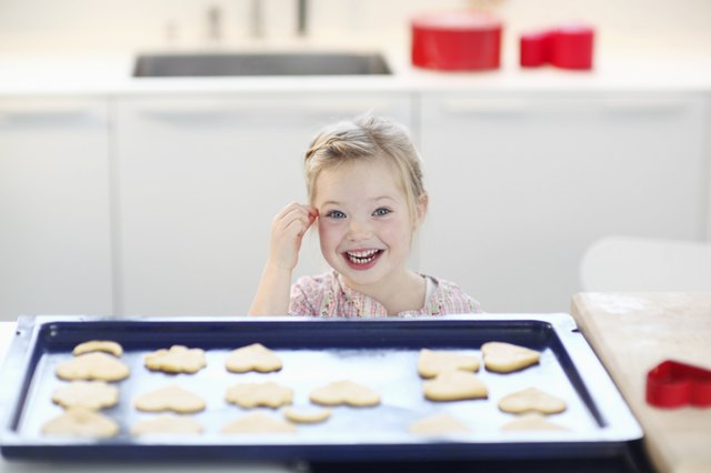 Can a Cookie Sheet Affect the Baking of the Cookies?