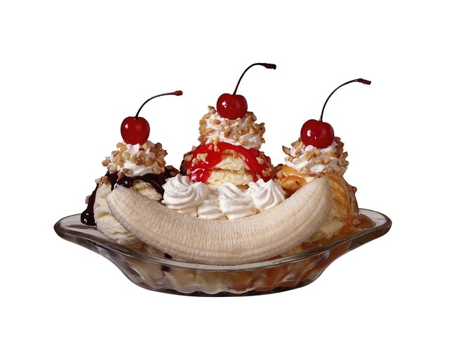 How Many Calories Are in a Banana Split?