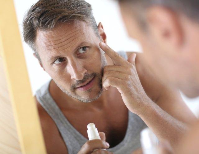 Male's cosmetics