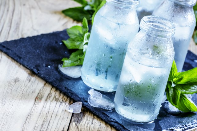 Water with ice for muscle building diet