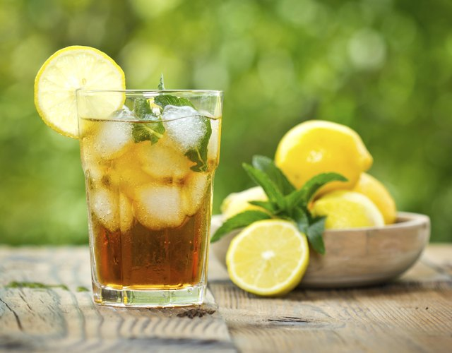 Good Substitutes for Diet Soft Drinks
