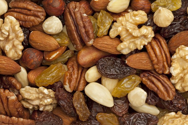 Raisons and nuts