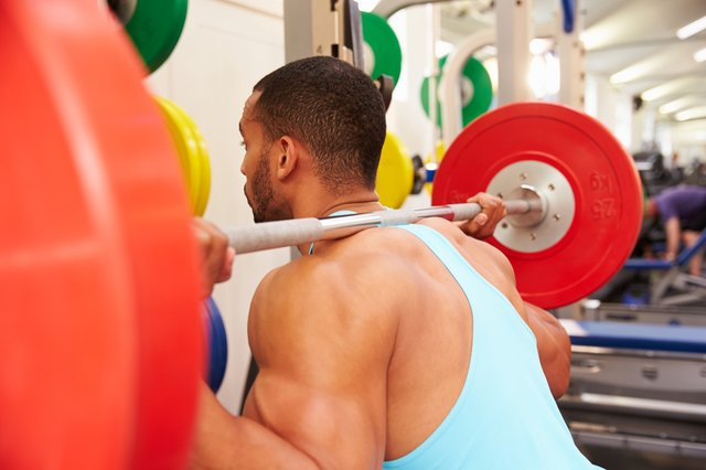 Weight Lifting Workouts to Lose Weight for Men | Livestrong.com