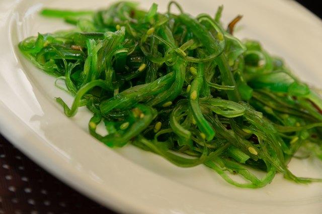 List of Foods That Contain Algae