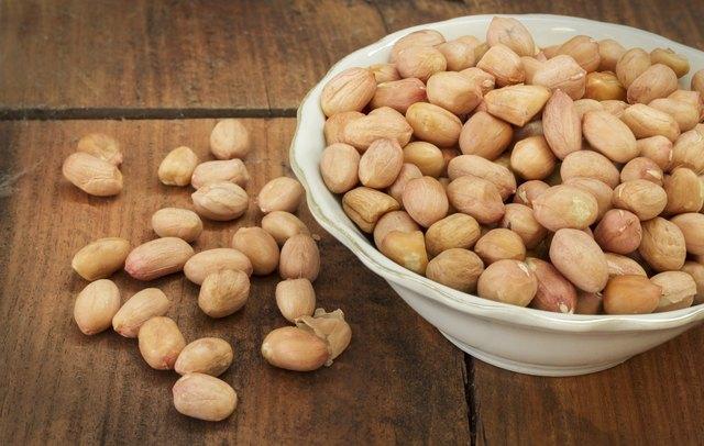 Still life peanuts.