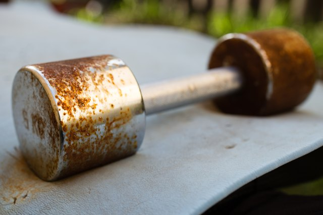How to Clean a Rusted Weight Set