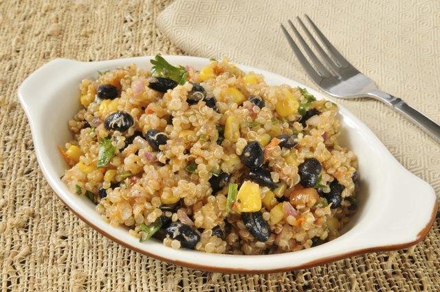 Healthy black bean and quinoa salad