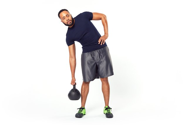 man doing a side bend ab exercise