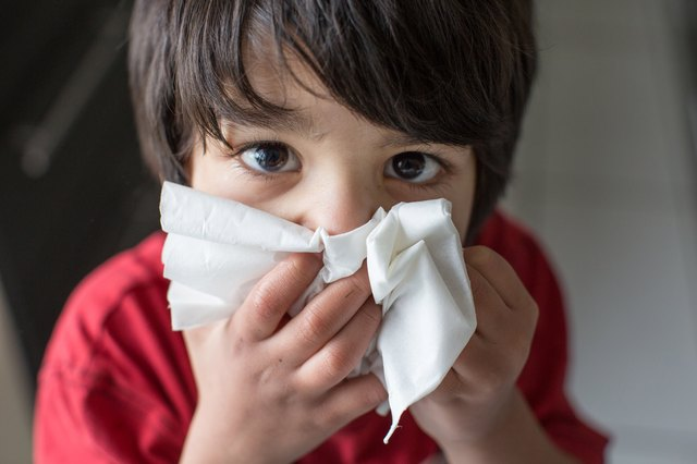 Home Remedies for an Infant's Stuffy Nose | Livestrong.com
