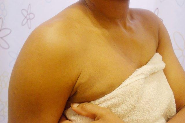 How to Exfoliate to Get Rid of Dark Underarm Skin