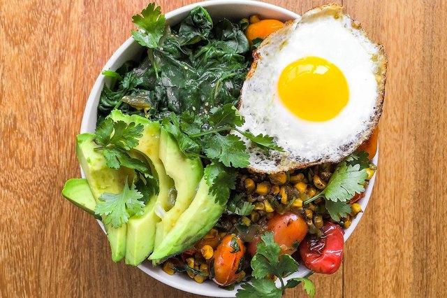Huevos Rancheros-Inspired Breakfast Superfood Bowl