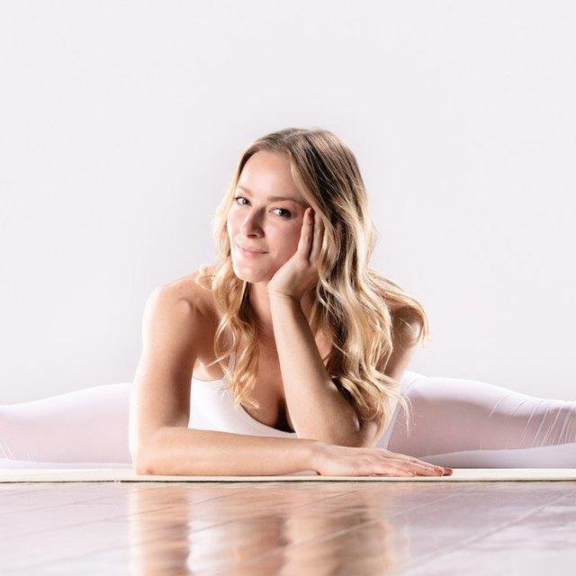 caley joyner yoga girls