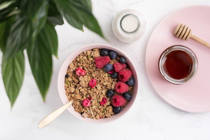 healthy granola bowl