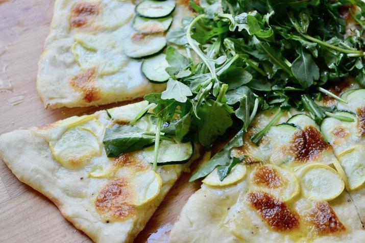 Summer Squash Pizza With Creamy Mozzarella and Arugula