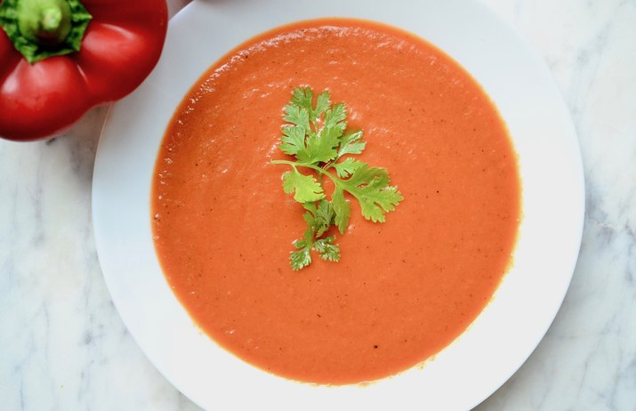 Vegan Creamy Roasted Red Pepper Soup