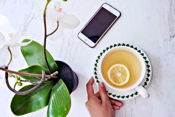 Lemon-infused tea
