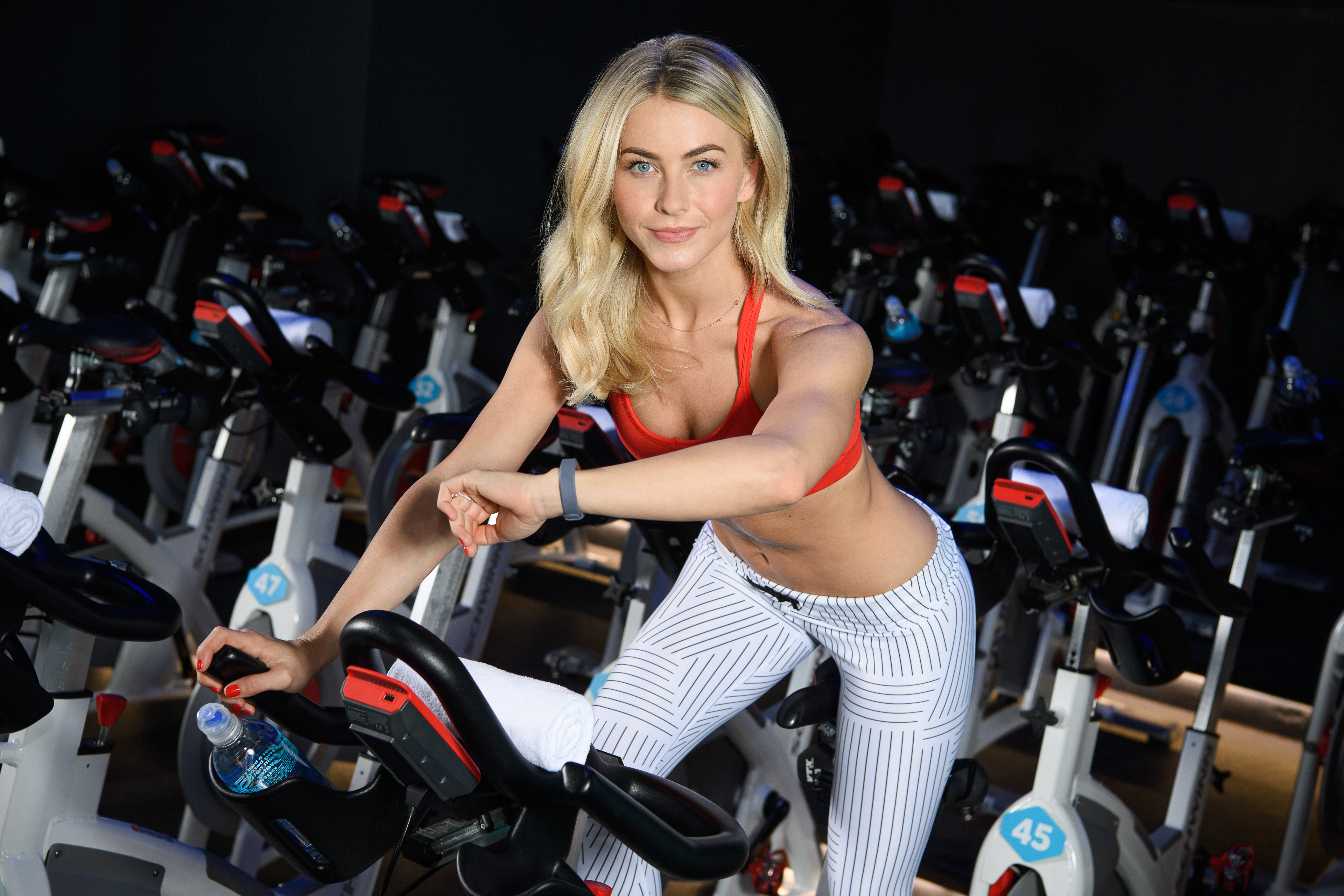 Julianne Hough Is a Wellness Warrior — the Ultimate Guide to Her Diet and Workouts