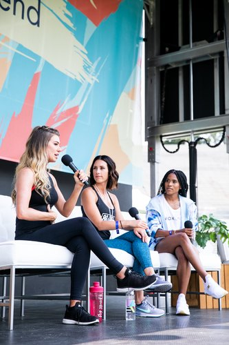 Fitness panel at LIVESTRONG.COM Stronger Weekend at the Rose Bowl