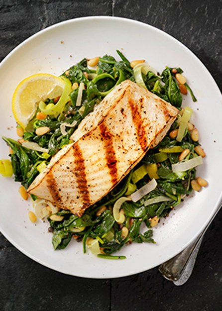 fatty fish with greens as part of kickstart plan for brain health